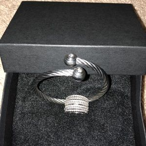 Jewelry - Silver ring and bracelet set